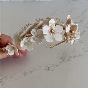 NEW Handmade White Flower Headband